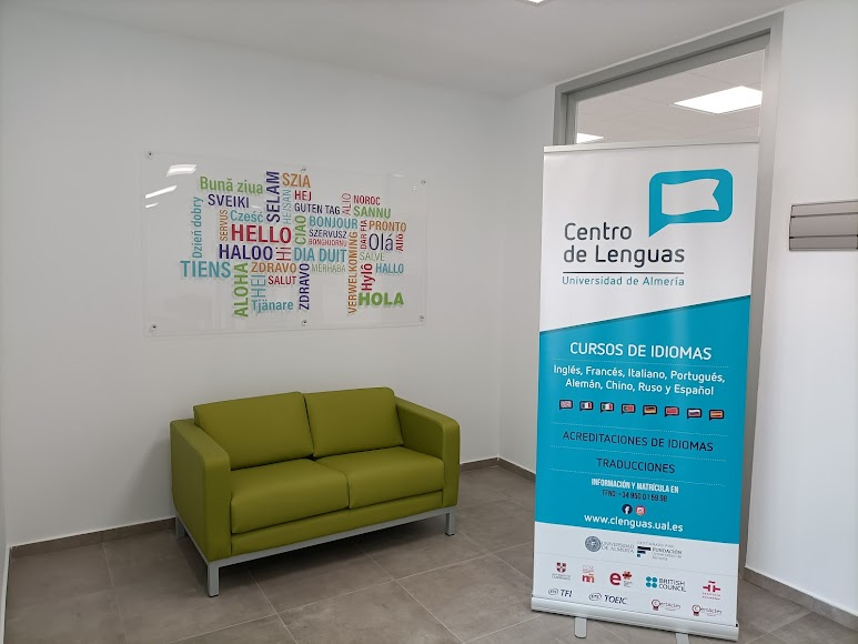 En el centro se realizan acreditaciones de idiomas.