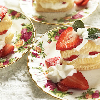 A Quick and Easy Strawberry Napoleon Dessert Recipe