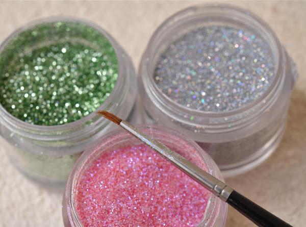 Edible Glitter Recipe
