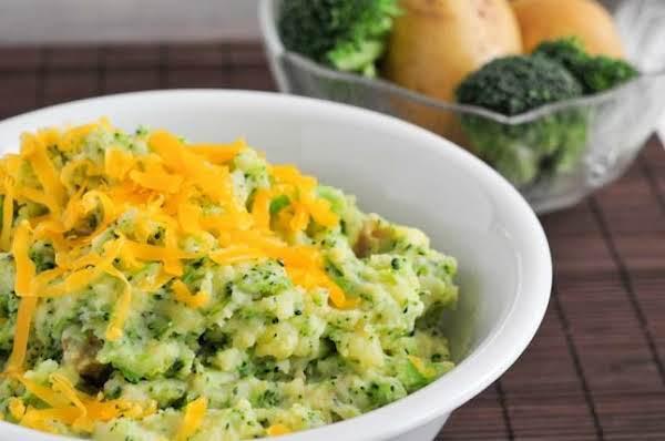 Cheesy Broccoli Potato Mash Recipe