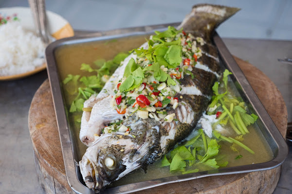Enjoy a small lunch with fresh fish at Baan Kanun