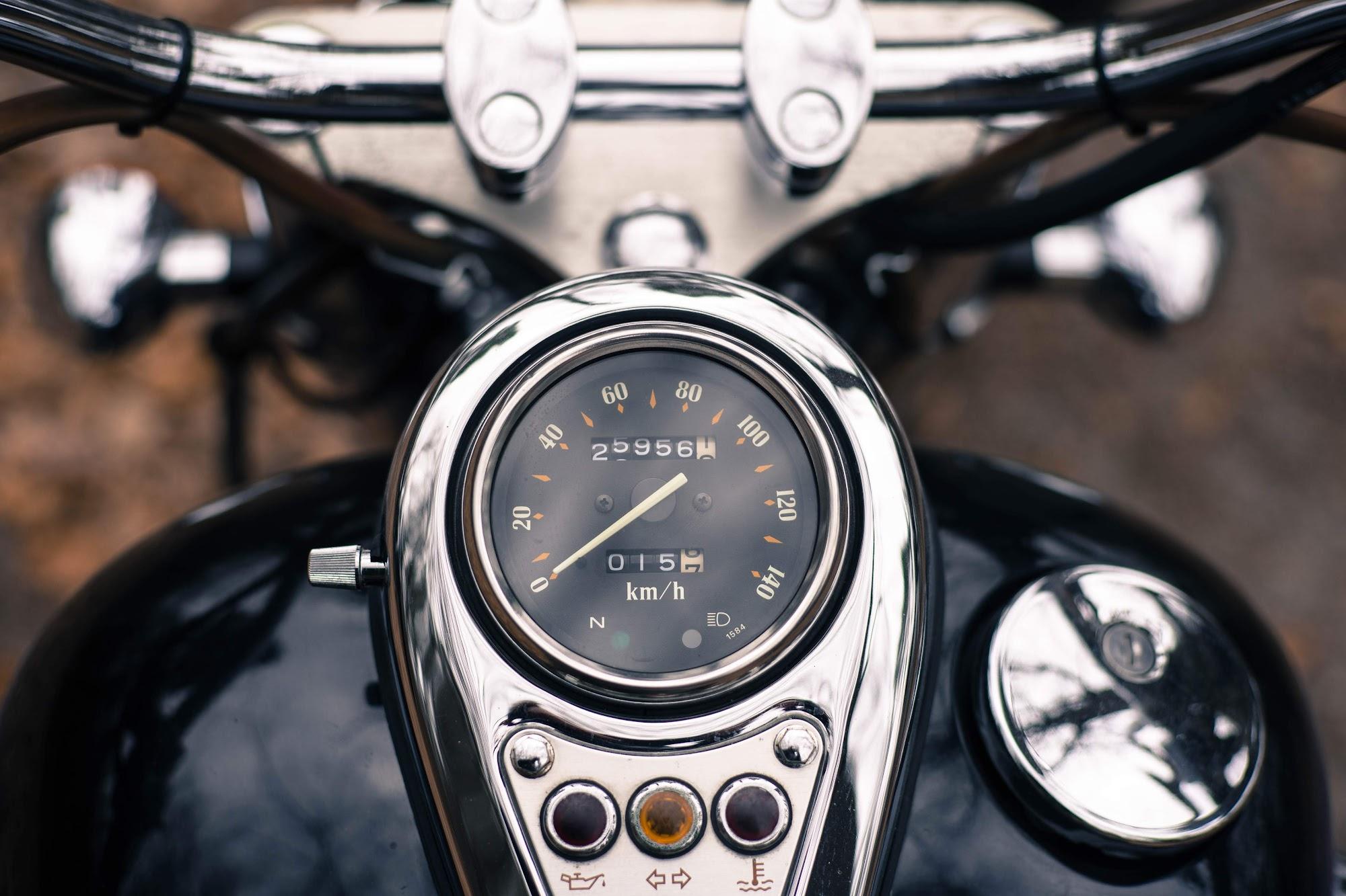 Vulcan 400 спідометр