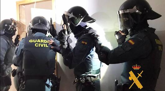 Dos detenidos por el robo con arma de fuego en un cortijo de Pechina