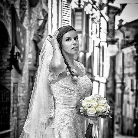 Wedding photographer CARLO BARTOLOZZI (fotografiatreia). Photo of 12.05.2015