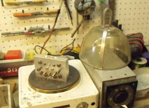 Photo: Ce moule doit être préchauffé à 300°C.