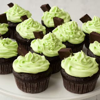 Vegan Chocolate Cupcakes with Mint Buttercream Frosting