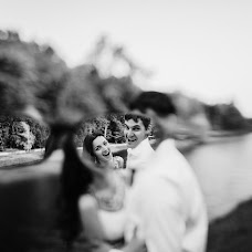 Wedding photographer Ekaterina Troyan (katetroyan). Photo of 28.07.2016