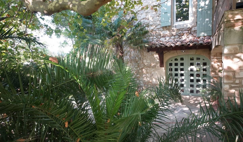 Farm house with pool Grignan