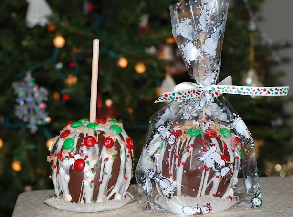 Holiday Chocolate Caramel Apples