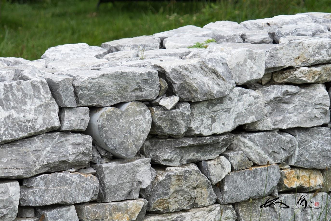 ハート型の石、み〜つけたぁ〜♬