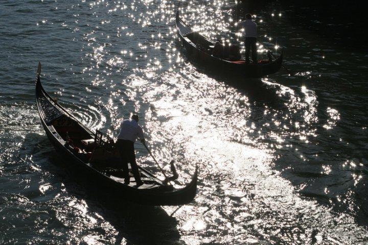 Gondole in Canal Grande di robdand