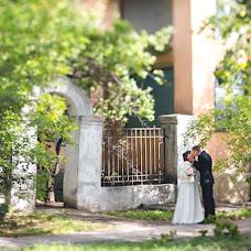 Wedding photographer Anna Donskova (livemoments). Photo of 01.12.2013