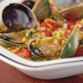Soup of Fregula with Baby Clams (Fregula kin Arsellas)