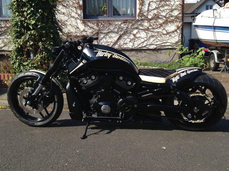 """Harley Davidson V Rod """"Black&Beige"""" by 69Customs"""