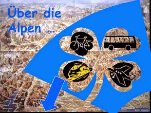 Photo: Bevor wir das Land unserer Träume erreichen, müssen zunächst die Alpen überwunden werden: per Flieger, Bus, Bahn. Fahrrad oder kombiniert?