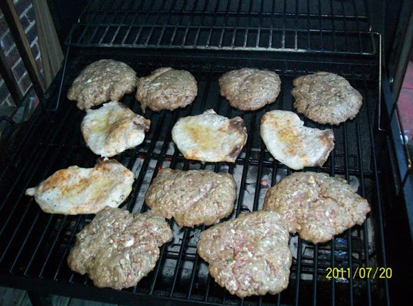 Burgers Stuffed With Blue Cheese Recipe