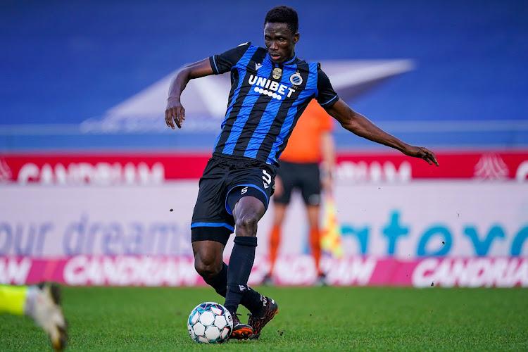 """📷 Kossounou verschijnt voor het eerst op training bij nieuwe club: """"Rood-zwart staat je goed"""""""