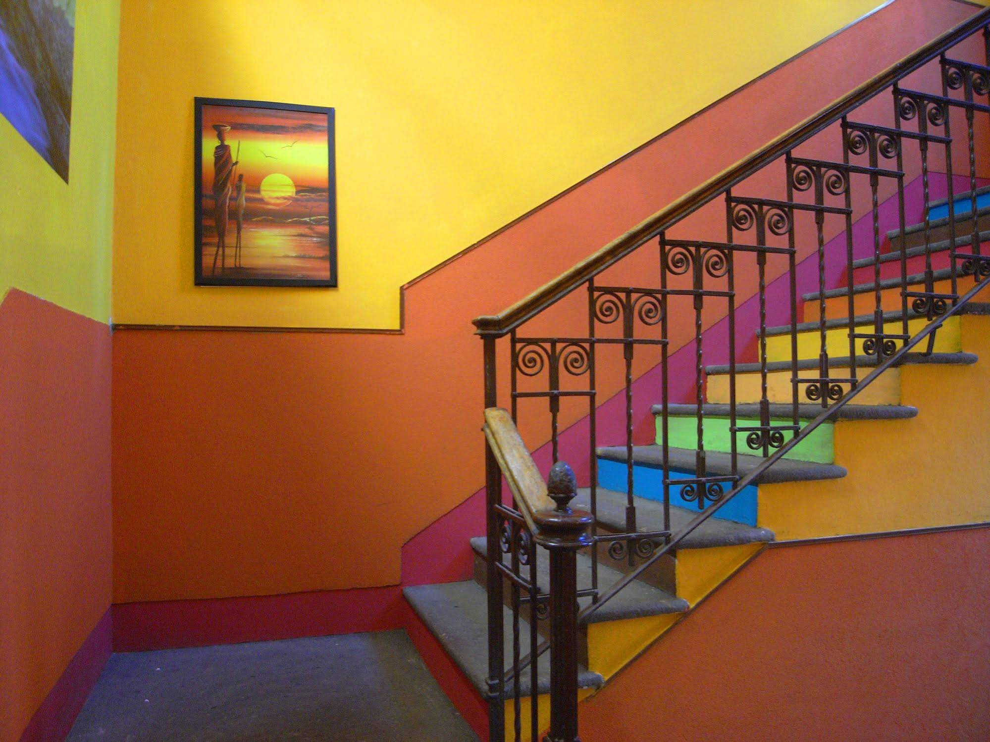 Hostel California Milano