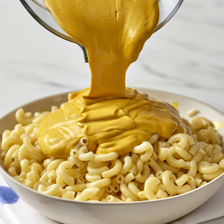How To Make the Ultimate Vegan Mac and Cheese