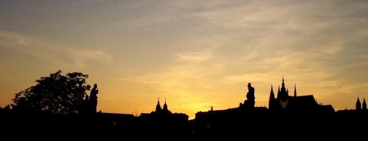 Silhouette sul ponte di Praga! di cicealix