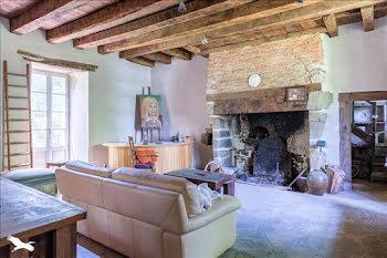 maison à Château-Chervix (87)