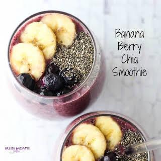 Banana Berry Chia Smoothie.