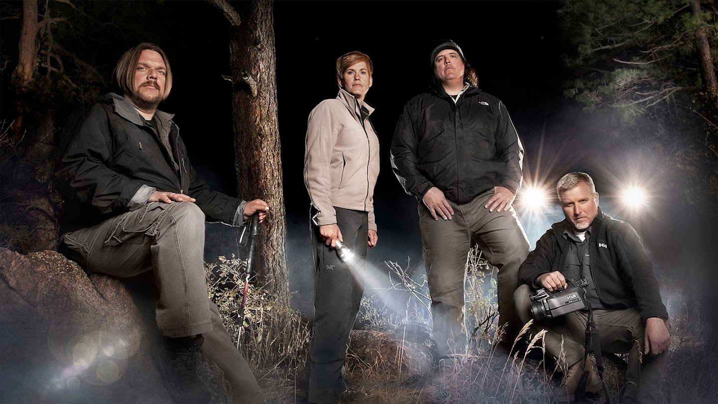 Watch Finding Bigfoot live