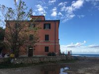 Porto di Baratti, villa, Costa degli Etruschi, Toscana