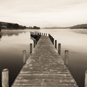 Coniston Lake at Dawn by Andrew Holland - Landscapes Waterscapes
