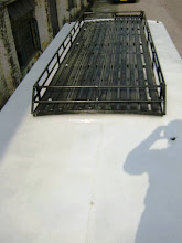 Photo: Roof luggage carrier - top view