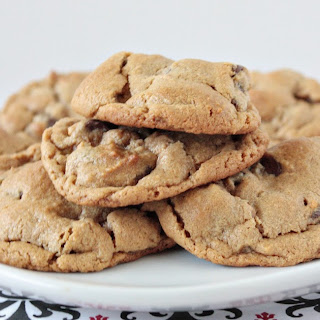 5 Ingredient Peanut Butter Chocolate Chip Cookies.