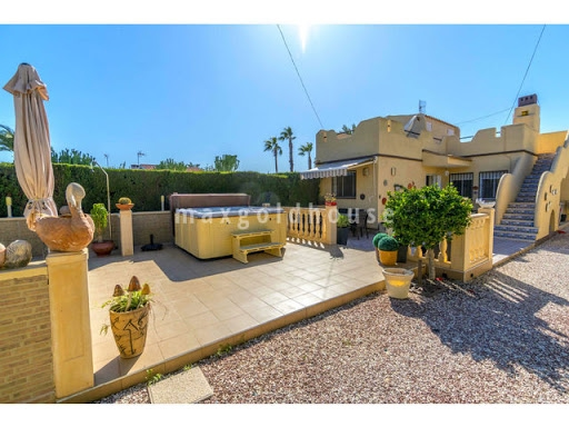 Torrevieja Centre Detached Villa: Torrevieja Centre Detached Villa for sale