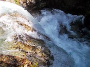Photo: l'eau de l'Artigue gronde sa colère et sa toute puissance