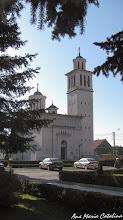 """Photo: Piata Mihai Viteazu, Nr. 9 - Biserica Ortodoxă cu hramul """"Învierea Domnului"""" - (2013.10.24)"""