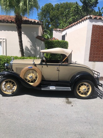 1930 Ford Model A Deluxe Roadster Hire FL