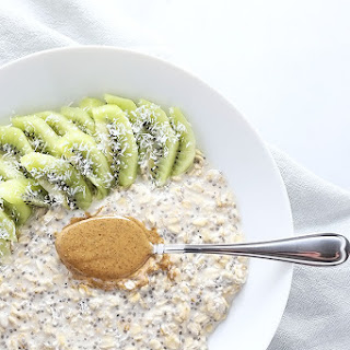 Tropical Kiwi Coconut Overnight Oats + VIDEO