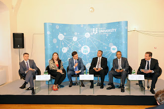 Photo: At the press conference after the launch ceremony (L-R): Dmitry Shymkiv (GM, Microsoft Ukraine), Iwona Dmochowska (Education Services Manager, Hewlett-Packard Poland), Victor Galasiuk, Gabriel Baldinucci, yours truly, and our moderator Pavlo Sheremeta (President of the Kiev School of Economics).