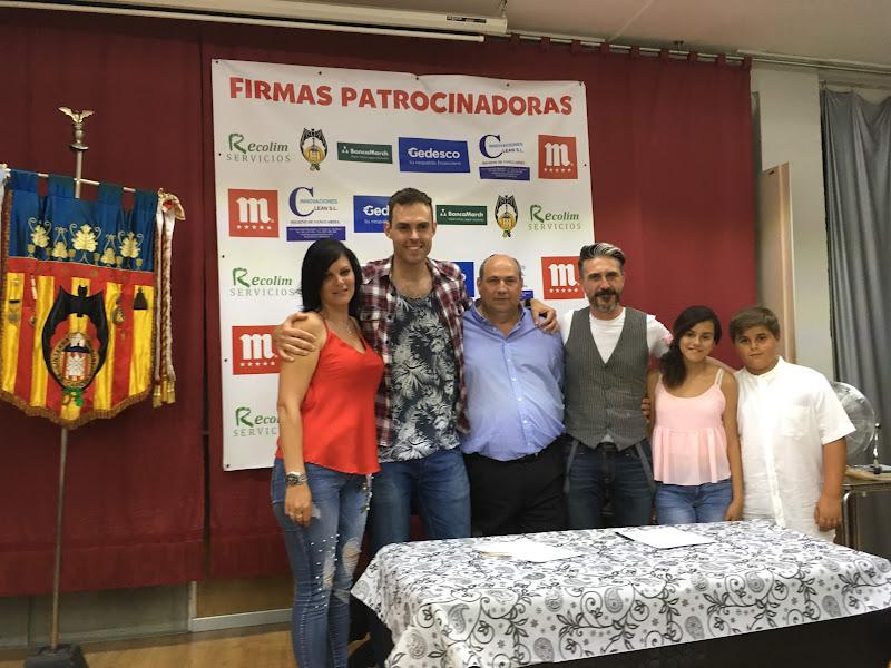 Nombramiento de las Falleras Mayores 2019 y firma de contartos en Linterna - Na Robella