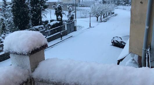 Nieve en Topares.