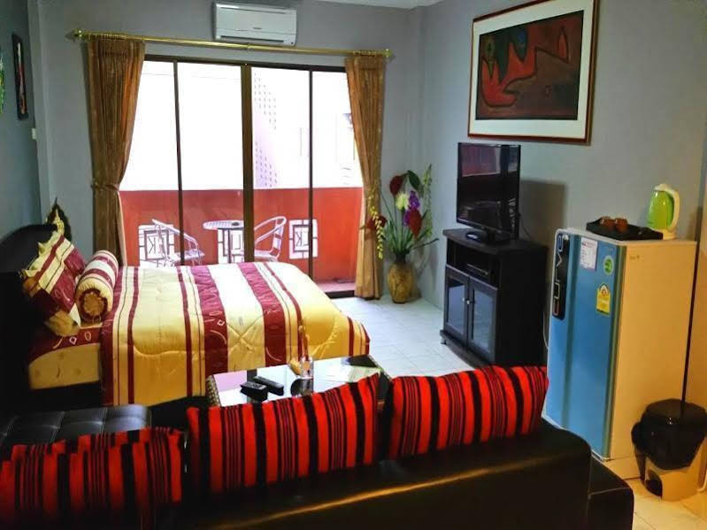 Nemo's Guesthouse and Massage