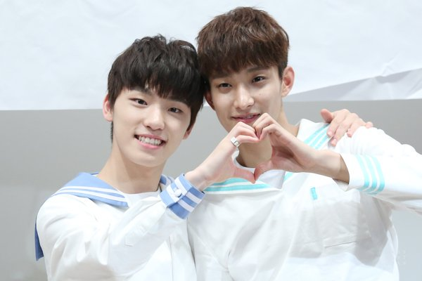 SEVENTEEN Dino and DK