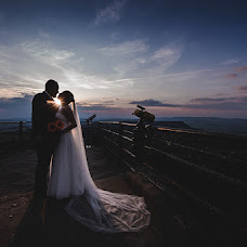 Wedding photographer Serhiy Prylutskyy (pelotonstudio). Photo of 19.11.2018