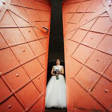 Свадебный фотограф Дмитрий Шумеев (wedmoment). Фотография от 20.06.2018