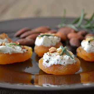 Apricot Goat Cheese Canapés