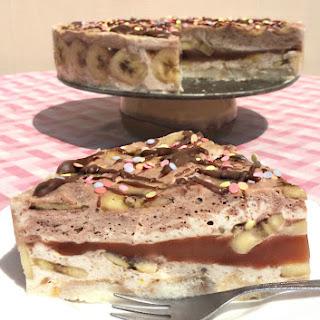 No Bake Banana Chocolate Yoghurt Pie