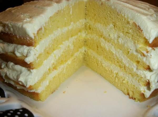 Creamy Lemon Fluff Layer Cake