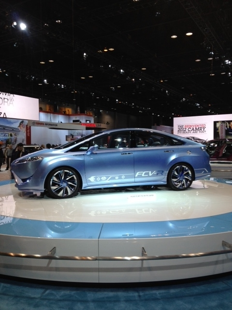 """Photo: The FCV-R is a fuel cell sedan concept that first peeked its head back at the Tokyo Auto Show. The """"R"""" stands for Reality and Revolution."""