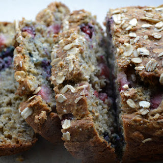 Banana Berry Oat Bread