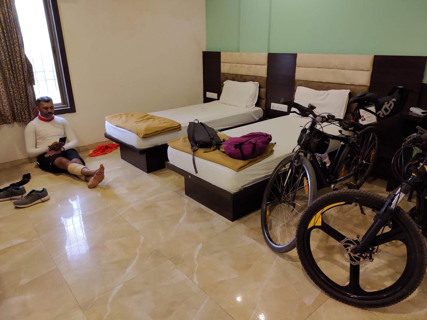 Hotel Day 01