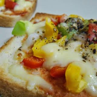 Bread Pizza   Easy Pizza Recipe   Kids Snack Ideas.